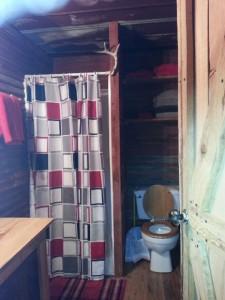 barn-bathroom